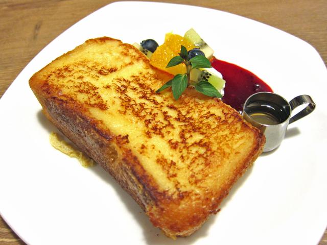 新潟市にいらしたら厚焼きフレンチトーストをどうぞ