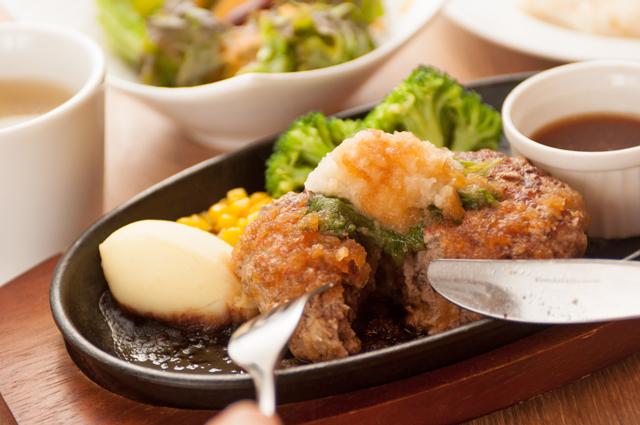 新潟市で牛100%のハンバーグステーキ