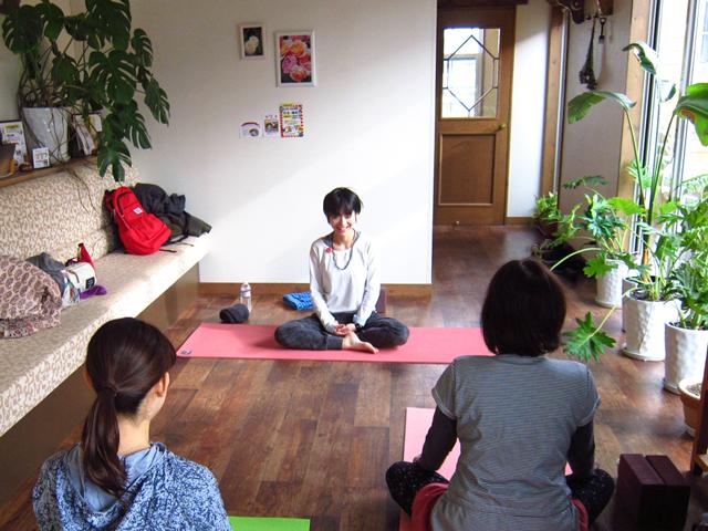新潟市のヨガ教室「リセットヨガ」