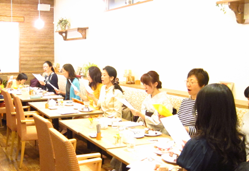 日本の古い歌でハモる会